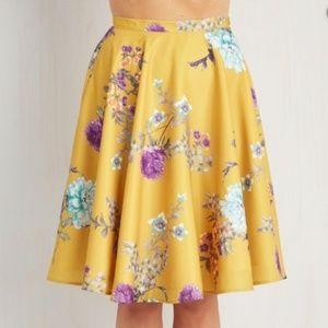 """Modcloth Skirt """"Ikebana for All"""" in Size Medium"""
